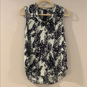 EUC XS Halogen sleeveless top